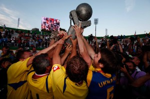 Ukraine lift the Milan 2009 Homeless World Cup