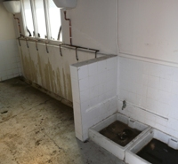 The toilet &amp; shower block at Clapham Common